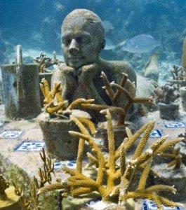une-statue-sous-marine-de-l-artiste-jason-decaires-taylor_132149_w460-265x300 21ème siècle dans divers